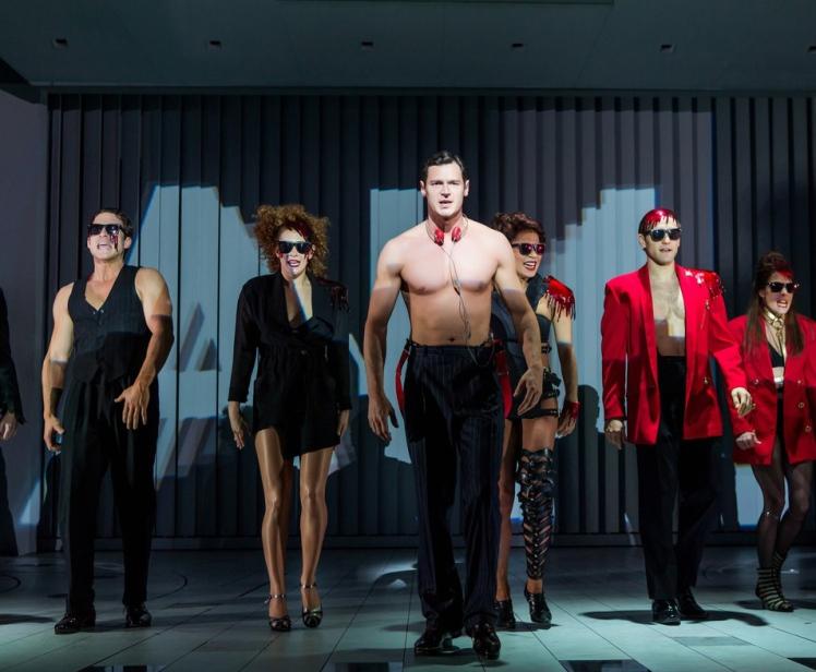 Benjamin-Walker-in-the-new-Broadway-musical-American-Psycho-160411-06