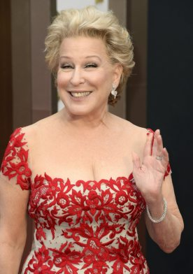 ct-bette-midler-in-hello-dolly-20160119