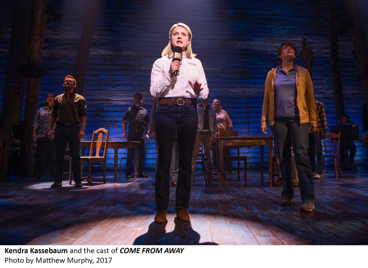 [6]_Kendra Kassebeam and the cast of COME FROM AWAY