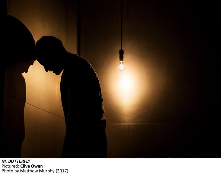 MB16]_Clive Owen in M. BUTTERFLY. Photo by Matthew Murphy