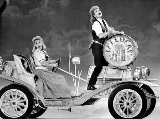 WildcatLucille_Ball_Paula_Stewart_Wildcat_Ed_Sullivan_Show_1961