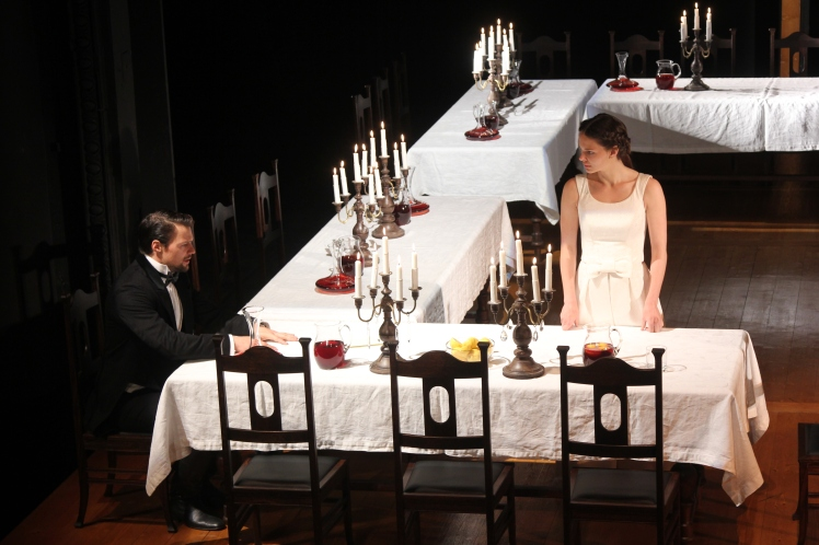 Maly-Drama-Love-Intrigue_-Danila-Kozlovsky-and-Elizaveta-Boyarskaya_PC-Victor-Vassiliev