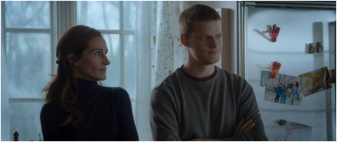 Ben-is-Back-Lucas-Hedges-Julia-Roberts