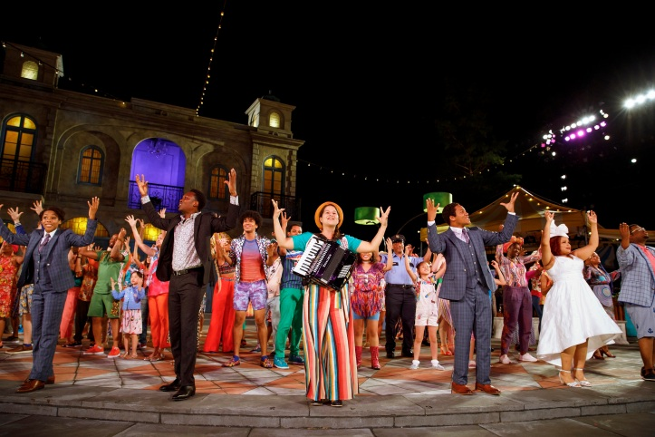 PUBLIC WORKS Musical Adaptation of William Shakespeare'sTWELFTH NIGHT Conceived by Kwame Kwei-Armah and Shaina Taub Music and Lyrics by Shaina Taub Choreography by Lorin Latarro Directed by Oskar Eustis and Kwame Kwei-Armah Featuring Kim Blanck (Femal