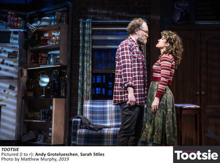[2435]_ANDY GROTELUESCHEN and SARAH STILES in TOOTSIE, Photo by Matthew Murphy, 2019
