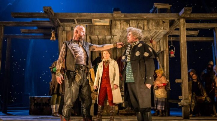 National-Theatre-treasure-island_johan_persson-49697255443-1280x720-1-1024x572