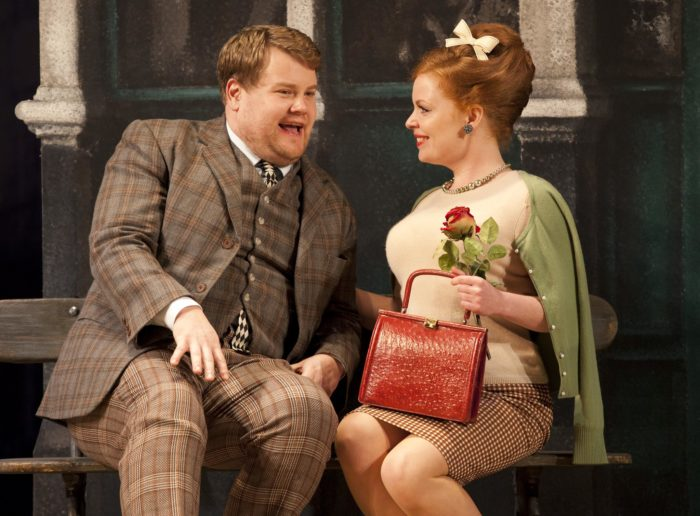 one-man-two-guvnors-nt-live-700x516